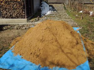 2トンダンプ1杯分の山砂