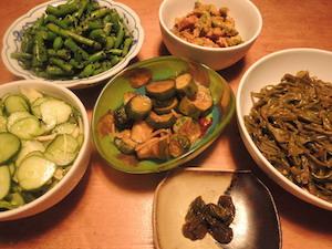 野菜づくしの食卓
