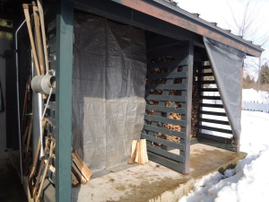 2月1日の薪小屋