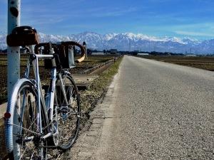 立山連峰とSSバイク