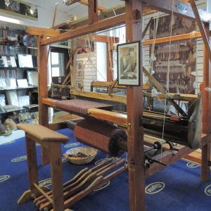 Magee's Shopに展示されていた織り機